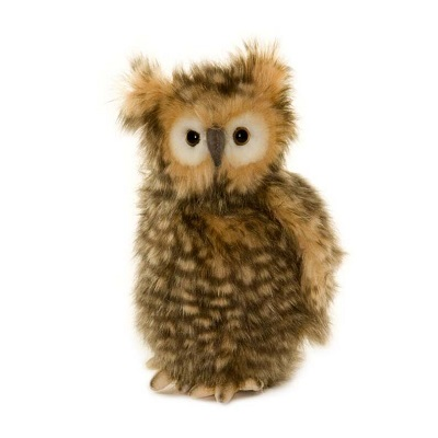 Life-size and realistic plush animals.  4465 - OWL